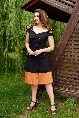 Платье Материал: текстиль  Состав: лен 100%  Рост: 164 см  Описание: Платье-сарафан из льняной ткани, прилегающего силуэта, расклешеное книзу. Горловина с фигурным вырезом, на завязках. Перед платья с