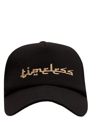 шапка Размеры модели: рост: 1,83 грудь: 98 талия: 82 бедра: 96 Надет размер: STD  Хлопок 100%