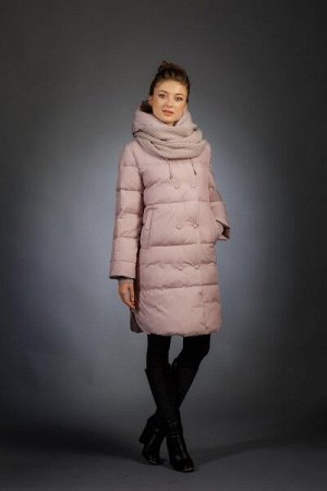 Женская куртка зимняя 695 пудра