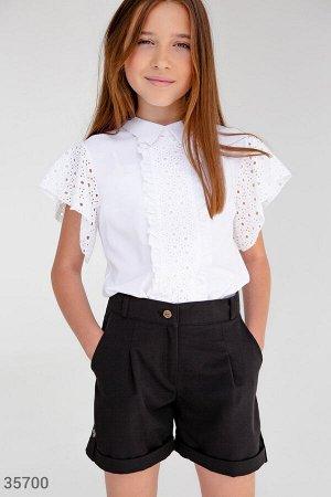 Утонченная блуза с прошвой