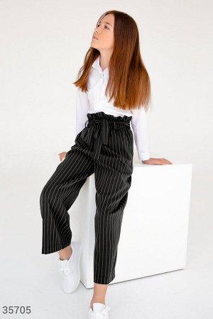 Классические черные брюки в тонкую полоску