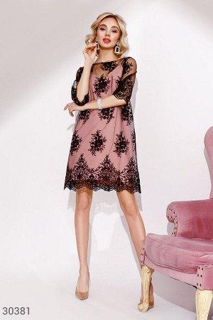 Платье-сетка с кружевом