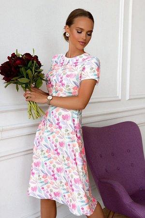 Платье Размер: 42 / 44 / 46 / 48 Шикарное платье из нежнейшей ткани под лен. Сзади замок 50 см. Идеально по фигуре за счет наших эксклюзивных лекал. Идеальное летнее платье с цветочным принтом. Цветоч