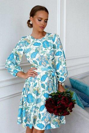 Платье Размер: 42 / 44 / 46 / 48 Шикарное платье из трикотажной ткани креп. Идеальная посадка по фигуре. Собственный дизайн ткани