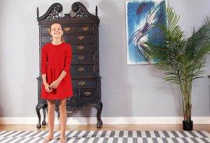 Красное платье с длинным рукавом 12
