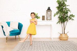 Желтое платье-сарафан 4-5