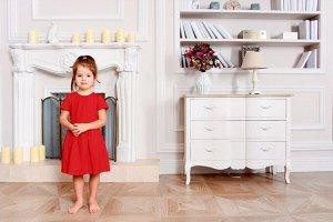 Красное платье с коротким рукавом 4-5