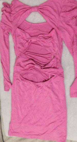 Платье Короткое платье-резинка с длинным рукавом. Розовый