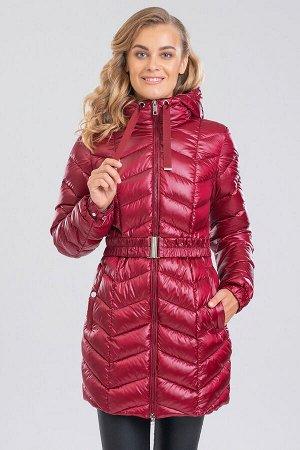 Винный Укороченное пальто на синтепухе с капюшоном. Модное, легкое, нежное, слегка прилегает по талии-то о чем мечтаем каждая девушка. Наклонная строчка сделает вас стройнее, а ремешок на резинке подч