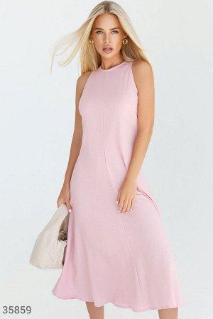 Минималистичное розовое платье