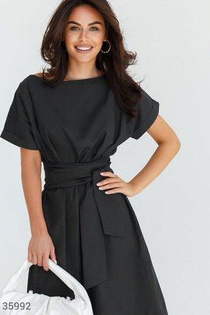 Универсальное платье-миди черного цвета