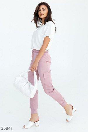 Шелковые брюки-джоггеры розового цвета