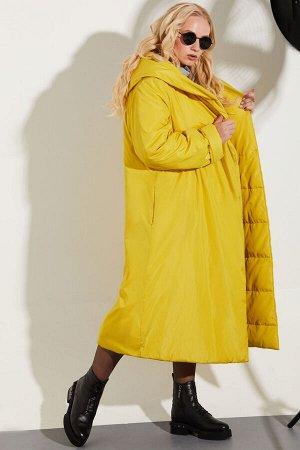 Пальто Пальто Golden Valley 7110 №2  Состав: ПЭ-100%; Сезон: Осень-Зима Рост: 170  Утепленное пальто с центральной двубортной застежкой на кнопки, капюшоном. В боковых швах расположены карманы с заст