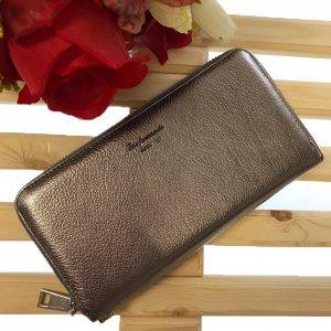 Полноразмерный кошелек LasFernando класса люкс из натуральной кожи серебристого цвета.