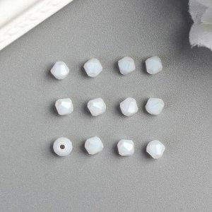 Бусины стеклянные (набор 40 шт), 4х4 мм  белые