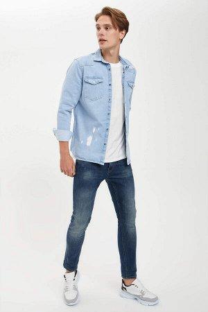 рубашка Размеры модели: рост: 1,85 грудь: 99 талия: 78 бедра: 95 Надет размер: M  Хлопок 100%