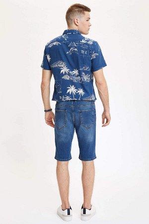 шорты Размеры модели: рост: 1,86 грудь: 96 талия: 82 бедра: 97 Надет размер: 32 Elastan 2%, Хлопок 98%