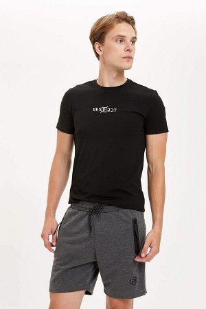 шорты Размеры модели: рост: 1,89 грудь: 98 талия: 76 бедра: 96 Надет размер: M  Хлопок 55%, Полиэстер 45%