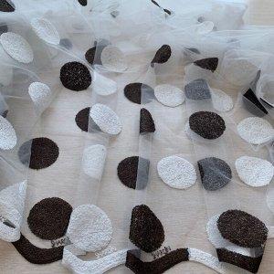 Тюль Вышивка шары венге(темный коричневый) ширина 4 метра