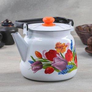 Чайник «Тюльпан Май», 3,5 л, с кнопкой, цвет белый