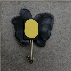 Крючок-наклейка «Бабочка», цвет синий