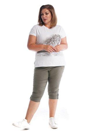 Капри-2319 Материал: Бенгалин;   Фасон: Капри Капри Бенгалин хаки Капри прямого силуэта выполнены из мягкой легкой ткани. Отлично сидят за счет комфортной высокой посадки и эластичной резинки на поясе