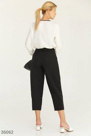 Трендовые зауженные брюки