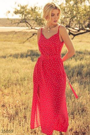 Длинный красный сарафан