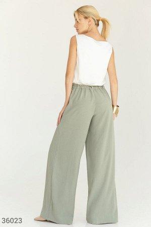 Широкие брюки оливкового оттенка