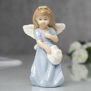 """Сувенир """"Ангел в голубом платьице со шляпкой"""""""