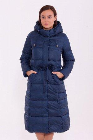 Пальто Состав: Полиэстер 63%, Нейлон 37%.  Цвет: Синий.  Длинное зимнее пальто приталенного силуэта, слегка расклешенное к низу. Подрез по талии с тонким пояском – кулиской. Наклонные карманы на молни