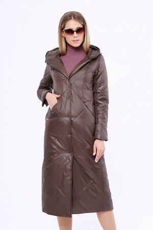 Пальто Состав: Полиэстер 100%.  Цвет: Коричневый.   Подробнее: Утепленное длинное стёганое пальто на раннюю весну. Застежка на кнопки. Прорезные карманы на молнии. Капюшон не отстегивается.