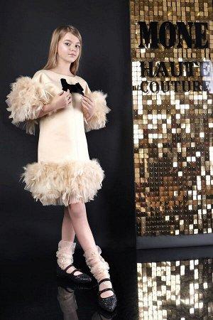 Платье атлас, перья