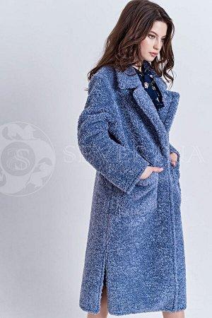 Пальто пастельно-синего цвета