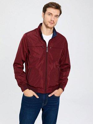 КУРТКА Тип товара: Куртки Толщина: Тонкий Длина: Короткий Фасон: Свободный РАЗМЕР: 2XL, 3XL, L, M, S; ЦВЕТ: Bordeaux СОСТАВ: Основной материал: 100% Полиэстер