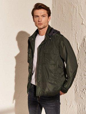 КУРТКА Длина: Короткий Толщина: Тонкий Тип товара: Куртки Фасон: Стандартный РАЗМЕР: 2XL, 3XL, L, M, XL; ЦВЕТ: Dark Grey, Green СОСТАВ: Основной материал: 100% Полиэстер