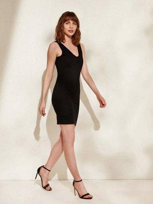 Платье с утягивающим эффектом