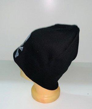 Шапка Черная шапка с вышитым черепом  №1702