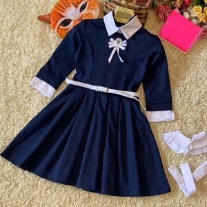 Платье На смену бесформенным невзрачным нарядам школьниц пришли современные красивые платья и сарафаны. Модные изделия для учениц разработаны в соответствии с дресс-кодом учебного заведения и поражают