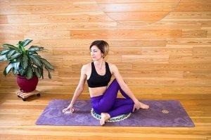 Коврик для йоги Замшевый 183*68*03 см коричнево-фиолетовый с мандалой