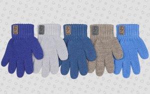 Перчатки Перчатки. Размер: 13 (3-4 года). Состав: 70% акрил 30% шерсть. Подклад: Без подклада