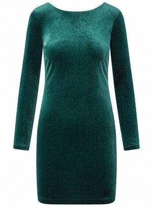 Платье бархатное с V-образным вырезом сзади