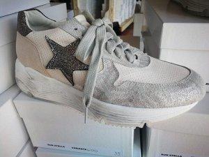 Factory Store женские кроссовки №17