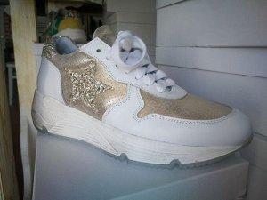 Factory Store женские кроссовки №18