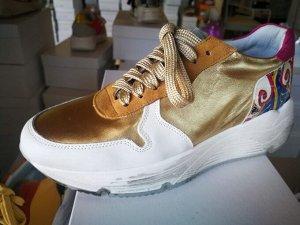 Factory Store женские кроссовки №21