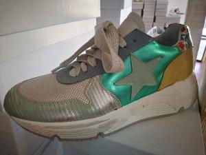 Factory Store женские кроссовки №26