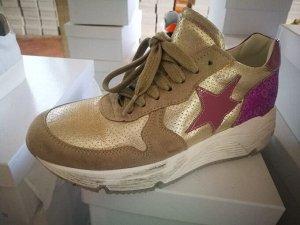 Factory Store женские кроссовки №30