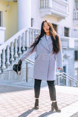 Пальто светло-сиреневого цвета