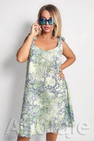 Платье свободного силуэта в цветочный принт