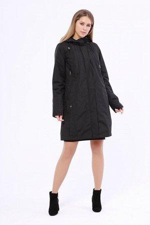 Пальто Описание: Утепленное пальто полуприталенного силуэта с рельефными строчками на спинке. Застежка на молнию и кнопки. Капюшон не отстегивается и регулируется кулиской. Цвет: Черный.  Состав: Поли